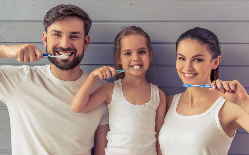 מברשת שיניים חשמלית